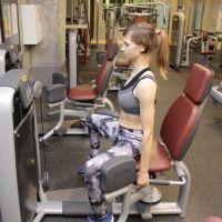 Особенности упражнений при сколиозе в тренажерном зале