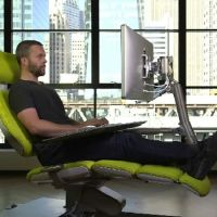 Как выбрать лучший ортопедический стул для работы