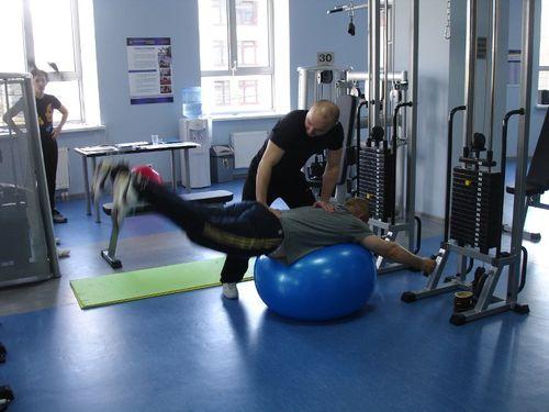 Упражнение при грыже позвоночника 2