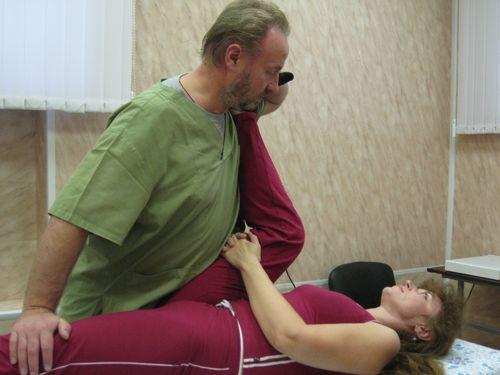 Упражнение при грыже позвоночника 3