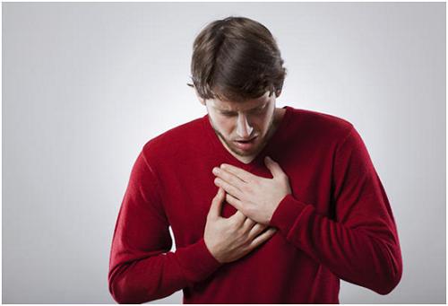 Боль за грудиной как признак остеохондроза