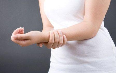 Боль в руке возникает при шейном остеохондрозе