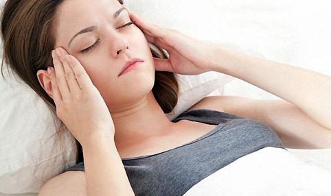 Шейный остеохондроз проявляется шумом в ушах
