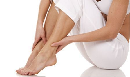 При шейном остеохондрозе беспокоит боль в ногах