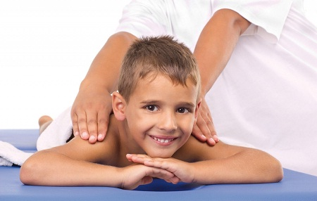 Правила массажа для детей при сколиозе