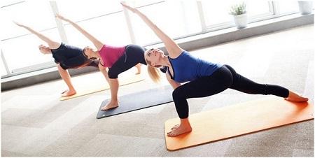 Использование йоги для лечения сколиоза