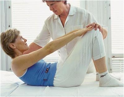 Лечение грыжи позвоночника назначает врач